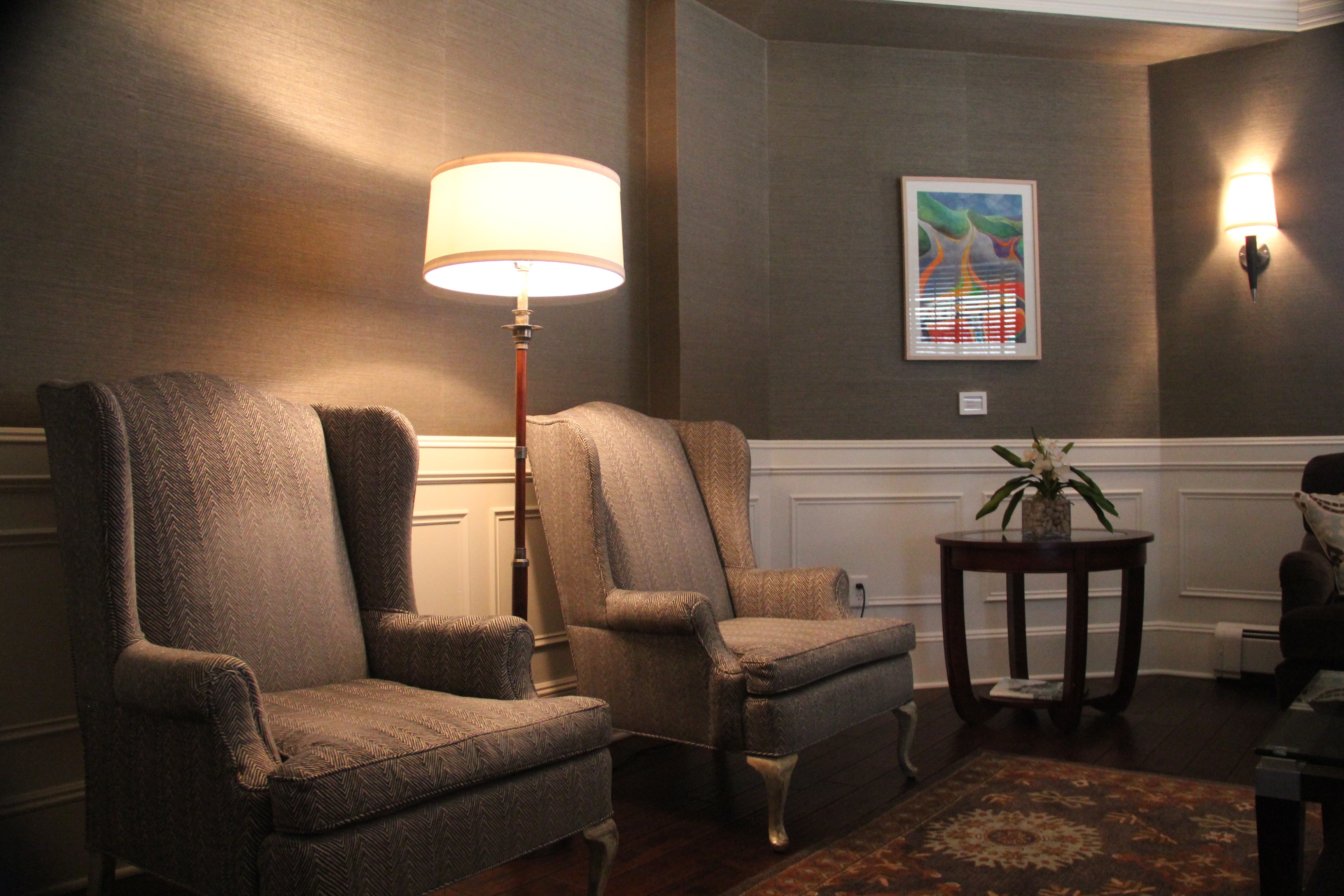 Country club sitting room